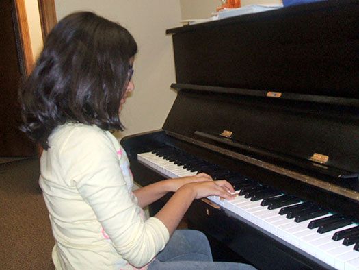 Take Piano Lessons at Allegro Studios!